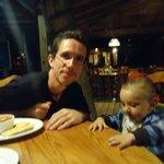 cena en la parrilla argentina