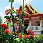 the beautiful Thai Temple façade
