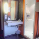 in room bath facilities
