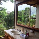 Bathroom of the canopy suite #6