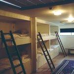 12-bed-room