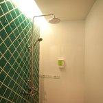 Shower / Душ