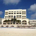 Casa Magna Marriott Hotel, beach view