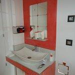 Baño Hostal Madrid Inn
