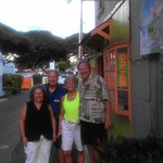 Enjoying Kingwell's Island Art in Lahaina