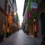 Via Margutta, Hotel location, lovely street