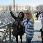 Vatican Tour Guide Maria and Donna