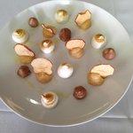 Apple cream, Italian meringue, chocolate