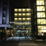 Bewley's Dublin Airport Hotel Entrance