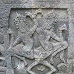 Bayon: Apsaras