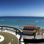 Foto de Pigeon Beach Hotel Apartments