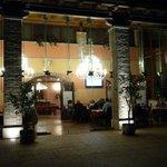 Großes Restaurant welches neben dem kleinen am Wochenende geöffnet hat