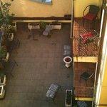 Внутренний дворик, место для курения