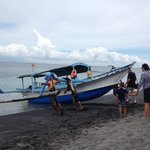 Launching the boat to go to Gili Is