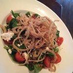 the spinach & quinoa salad
