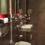 Love the bathroom