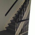 meget smaller trapperne og gammel.meget farlig for små børnene