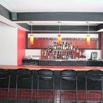 Bar principal / Main bar