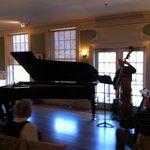 Jazz concert on the 9-foot piano: Laszlo Gardony Trio