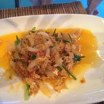 Yellow curry with crab