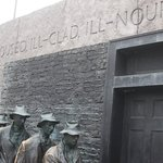 Roosevelt memorial, bread line