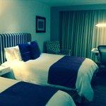 habitacion con camas dobles