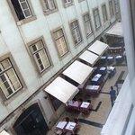 Restaurants starting to open around 10-11am