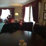 Disneyland Hotel - Castle Club - Walt's Suite