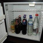 冷蔵庫の飲み物はすべて無料
