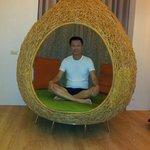 Cosy nest seat