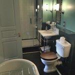 The Zetter Townhouse 1st Floor Suite Bathroom