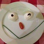 Mozzarella happy face