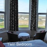 Twin room with panoramic view