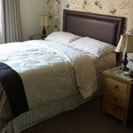 Lovely comfortable bed, great view and the lady of the house is so kind and helpful.  Would come