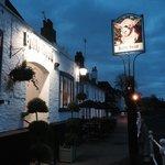 The Bulls Head, Chiswick