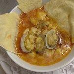 Zuppa di vongole e pane carasau