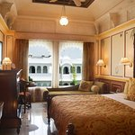 Luxury Room Garden Non Lake View Double Bed Palace