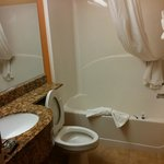 Microtel bathroom