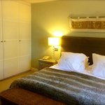 Chester Room (£280 incl. breakfast & VAT: mid-week, mid April 2014)