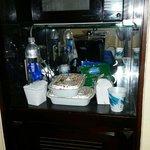 Mini fridge/microwave