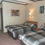 Large, Comfortable Rooms With One or Two Beds