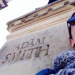 Monumento al pensador Adam Smith