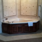 King suite with sauna tub