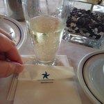 Шампанское с утра...