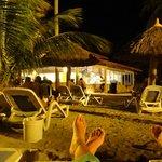 Bar da praia de noche