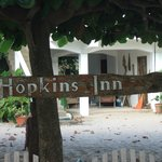Hopkins Inn Courtyard