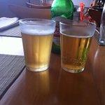 Cervejinha no copinho americano gelaaado...