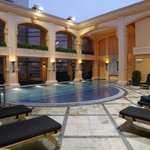 5th floor swimming pool