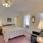 Hotel Nauvoo Master Suite