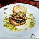 Appetizer - frog leg